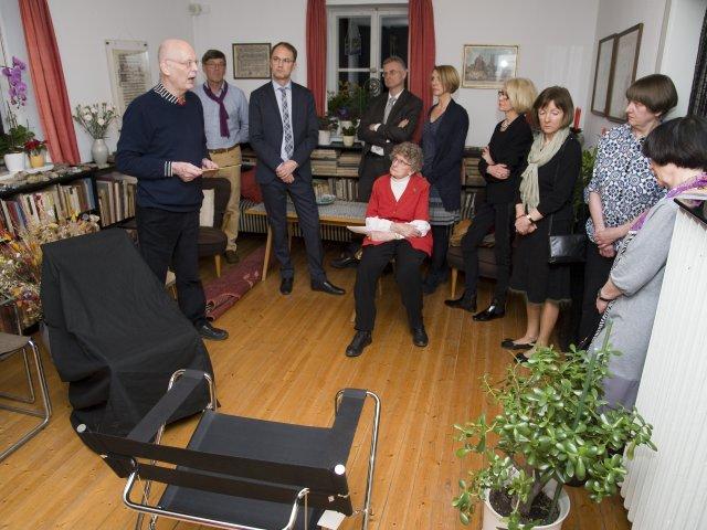 Herr Bruchhäuser beschreibt den Breuer-Stuhl Faltsessel D4