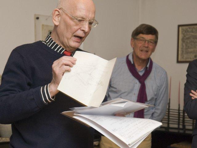 Herr Bruchhäuser zitiert aus den zusätzlich geschenkten Dokumenten aus dem Leben der Margaretha Reichardt
