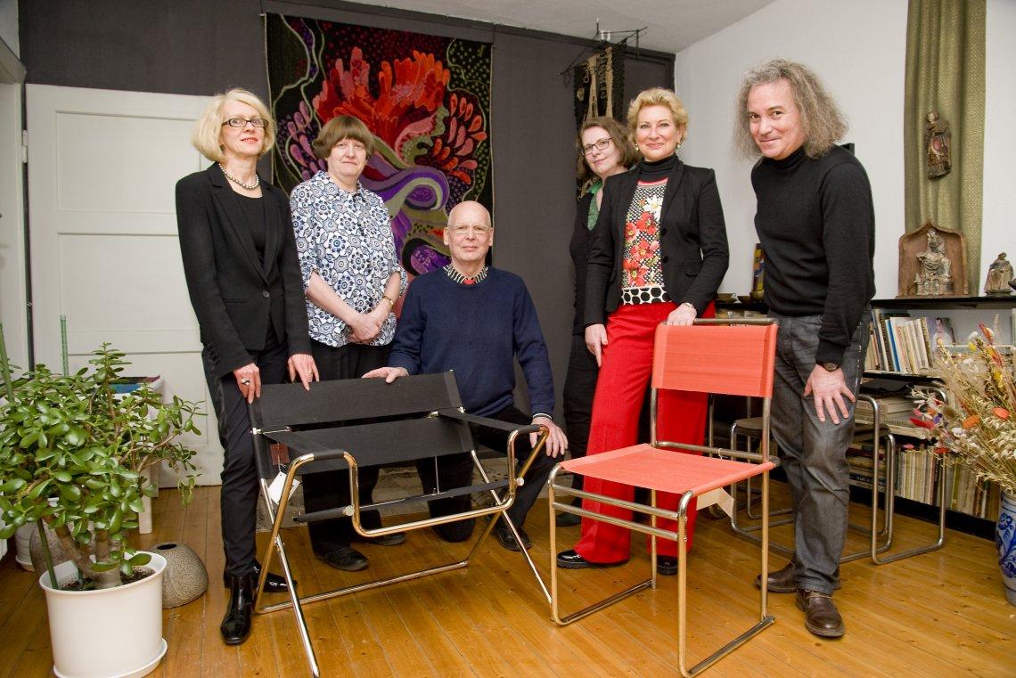 von links nach rechts: Frau Roth, Frau Leister, Herr Bruchhäuser, Frau Dr.Krautwurst , Frau Fleischmann und Hr. Prof. Schierz